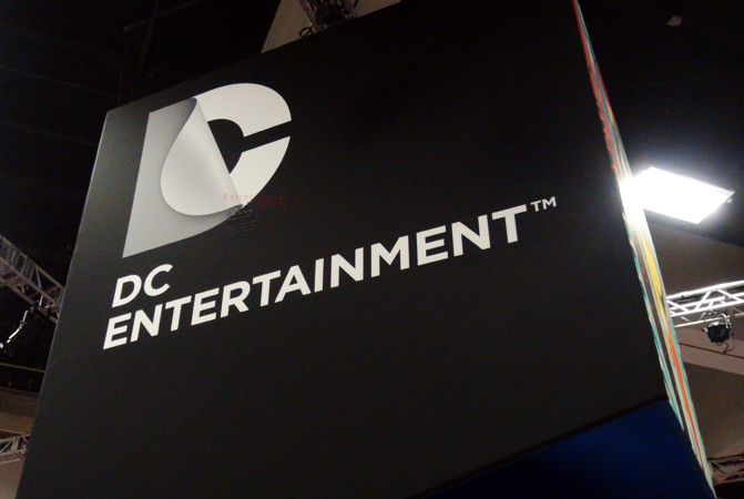comiccon tuesday exclusive entertainment minute behind the